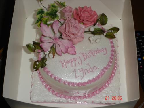 Couture Wedding Cakes West Midlands