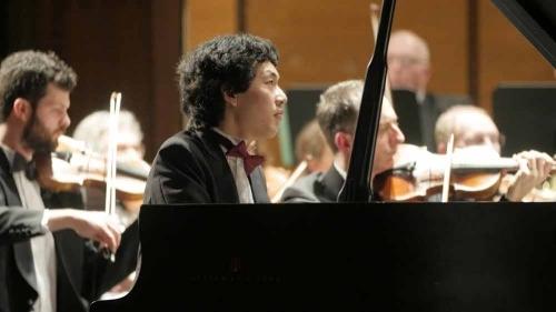 Yuanfan Yang Performs Rachmaninoff