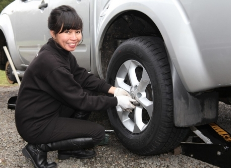 Lady tyre fitter available