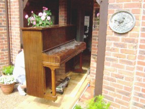 piano had enough of this cottage so off to another address