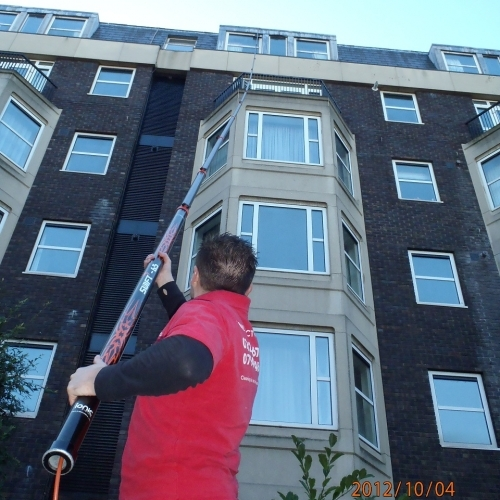 Window cleaning at 5th floor